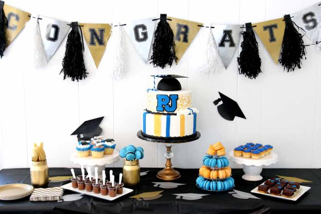 graduation desert table inspiration