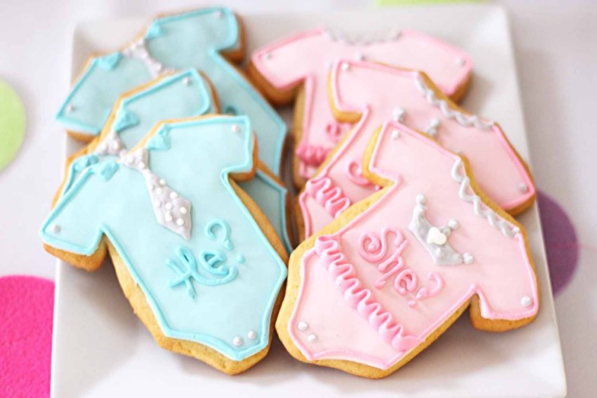 Gender Reveal Baby Shower custom cookies from French bakery Cafe Pierrot in Northern New Jersey