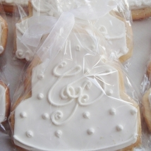 monogrammed wedding favors from french bakery in sparta nj